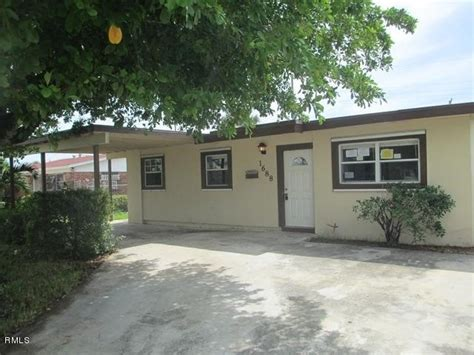 1688 avenue h w riviera florida 33404 foreclosed - House For Sale In Riviera Florida