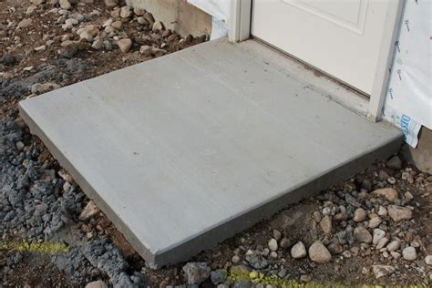 How To Pour A Concrete Slab For A Shed by Pouring Concrete Slab Design Door