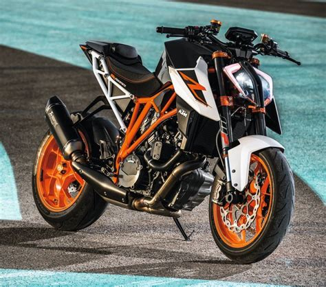 Ktm Autos Maxabout by 2017 Ktm 1290 Duke R Unleashed At Eicma Http News