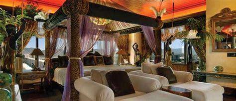 safari inspired bedroom baldaqino decoist safari themed bedroom yes please dream home
