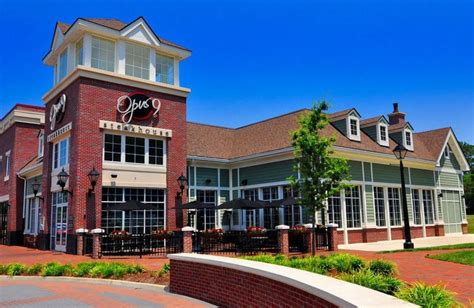 a2 williamsburg virginia guide fill your belly at new town williamsburg s restaurants