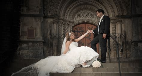 Toronto Wedding Photographer by Capture The Most Precious Occasion Of Your