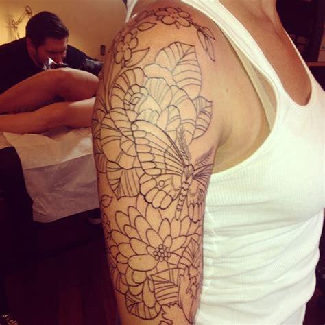 tattoo sleeve outline cost outline flowers half sleeve tattoos photo 2 ideas