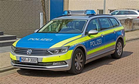 polizei wagen streifenwagen