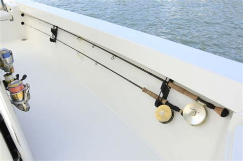 research 2012 pathfinder boats 2400 trs on iboats - Pathfinder Boat Rod Holders