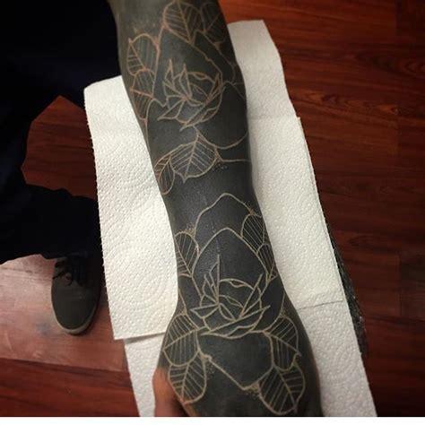 blackout tattoo process 30 extreme blackout tattoos girly design blog