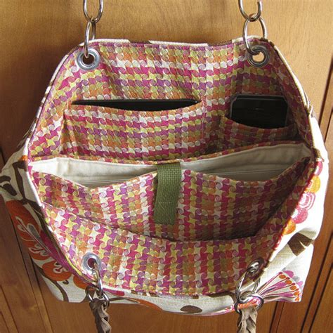 Free Sewing Pattern: Laptop Tote Bag   I Sew Free