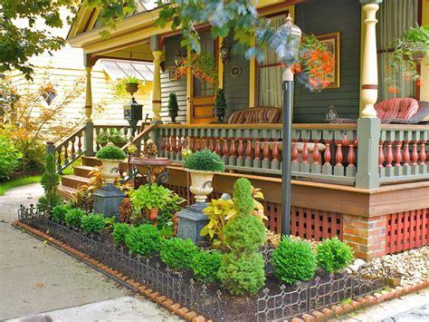 Hgtv Gardens by Tips For Creating A Gorgeous Entryway Garden Hgtv