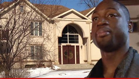 dwyane wade house foreclosure imminent chicago can be