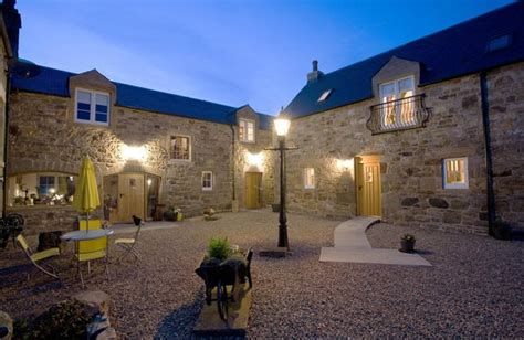 luxury cottage holidays muirhall luxury cottages lanark scotland