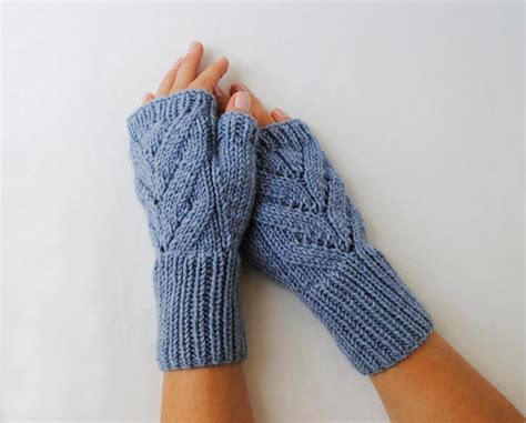 Free Fingerless Gloves Knitting Pattern Roundup