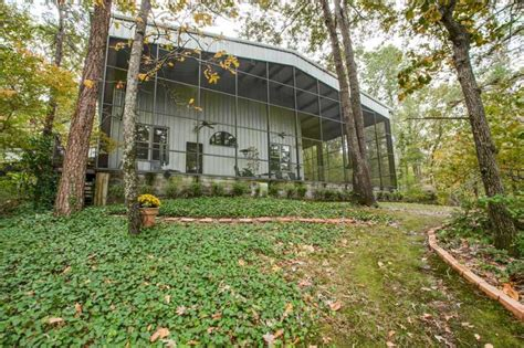 Hawking Cabins by The Aluminum House In Hawkins Listed At 1 5m Houston Chronicle