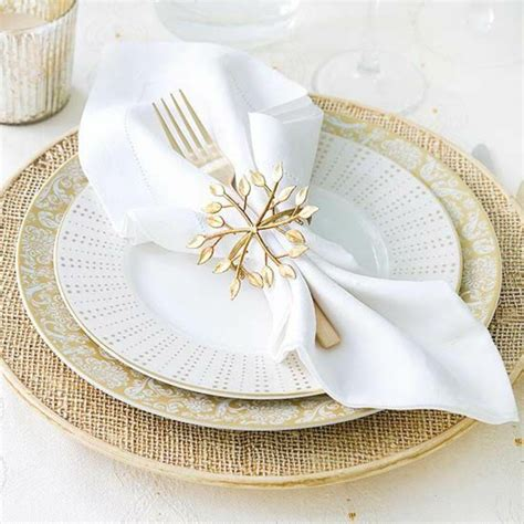 ausgefallene servietten napkin fold creating a creative table decorations for