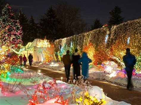 Denver Botanic Gardens Lights This Is Why You Should Visit Botanical Gardens In The Winter
