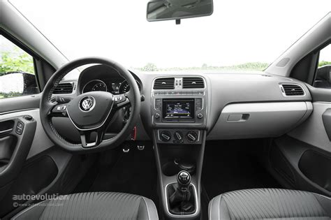 volkswagen polo 2016 interior 2014 volkswagen polo facelift review autoevolution