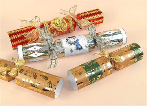 a4 card making templates opening christmas crackers