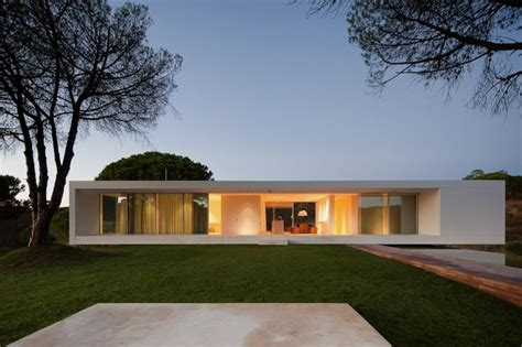 minimalist house simple and modern house with overlapping volumes in the