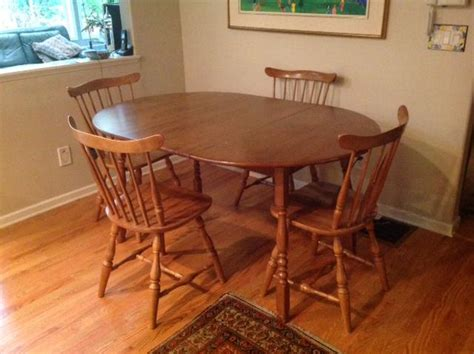 vilas maple dining table saanich victoria