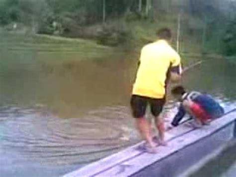 heboh warga seuneuddon aceh utara temukan ular berkepala ikan buas dari amazon ada di yogyakarta doovi
