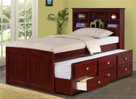 How Many Years Should A Mattress Last by 1000 Ideas About Bed With Trundle On Bunk Bed