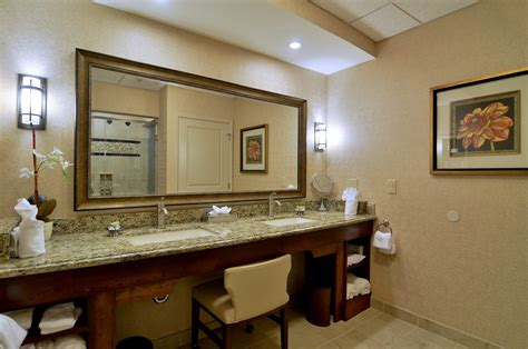 2 bedroom suites in lancaster pa 2 bedroom premier suite eden resort suites