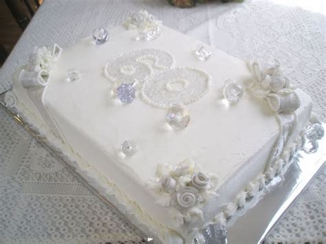 25  best 60th anniversary cakes ideas on Pinterest