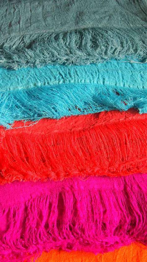 Pashmina Himalaya 1 silk products everest himalayan
