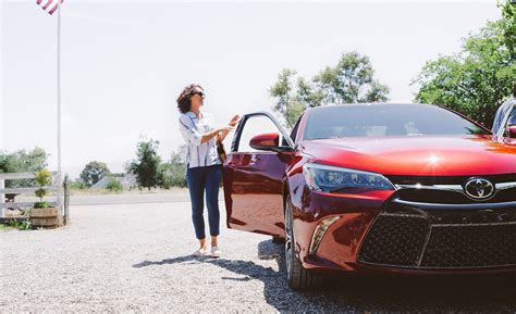 Toyota World Newton Leasing Vs Buying Which Fits Your Lifestyle Toyota