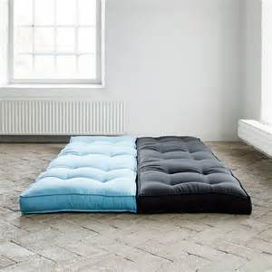 chauffeuse bicolore convertible matelas futon dice futon