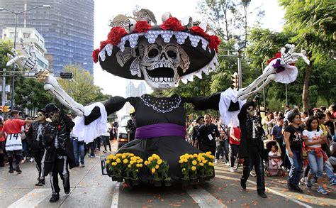 dias de fiesta en mexico d 237 a de muertos es tiempo de alegr 237 a y gusto 250 nico en