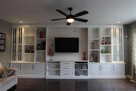 decorating the entertainment corner with built in wall - Built In Wall Units