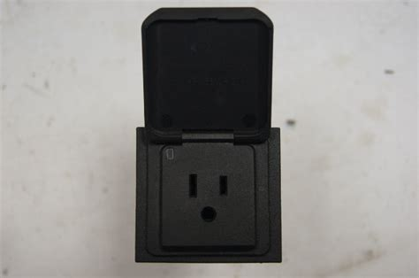 gm power outlet receptacle acv  max