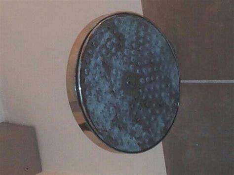 eliminare calcare vetro doccia casa immobiliare accessori calcare doccia
