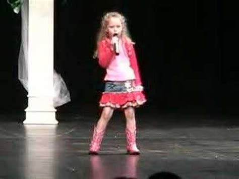 7 year old impersonates taylor swift and sings you belong with me taylor swift our song doovi