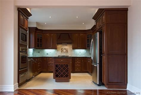 Pictures Of Kitchens Traditional Dark Wood Kitchens Cherry Cabinet Kitchen Designs