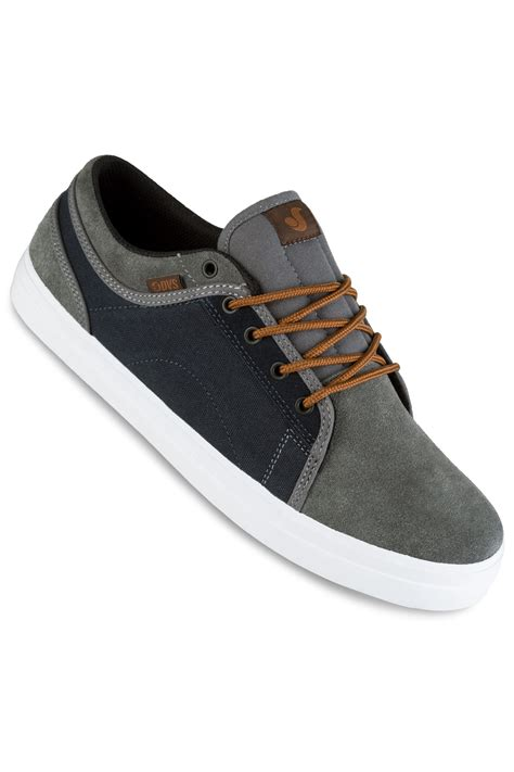 Suede Shoes Grey dvs aversa suede shoes grey blue buy at skatedeluxe