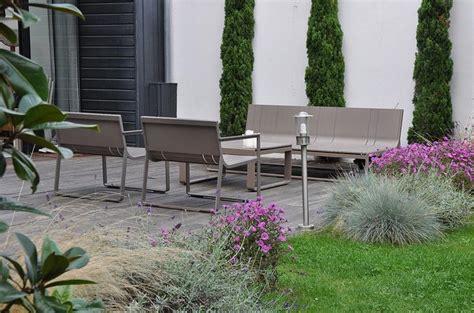 Jardin Contemporain Design by Jardin De Ville Paysag 233 Avec Salon De Jardin Design