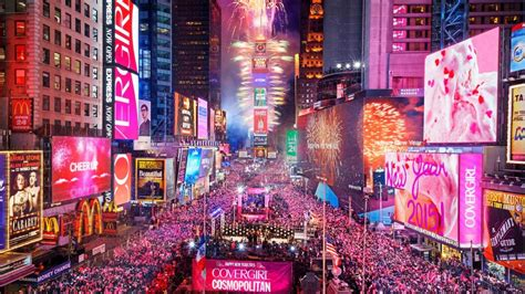new year parade times new year s celebration in times square 8 high
