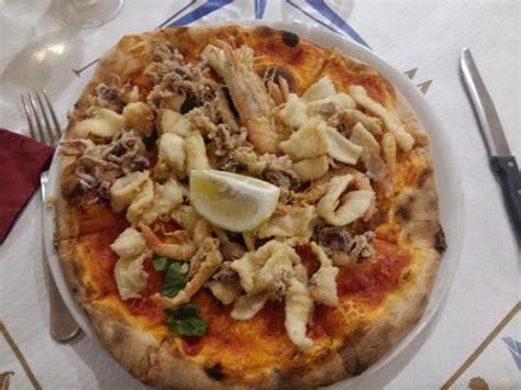pizzeria porto pescara pizze con pesce foto di ristorante porto pescara