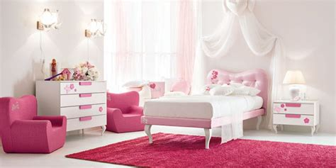 Impressionnant Chambre Bleu Et Taupe #5: chambre-de-fille-rose-framboise.jpg