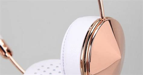 frends headphones beautiful sound frends layla headphones beautiful urban outfitters and am