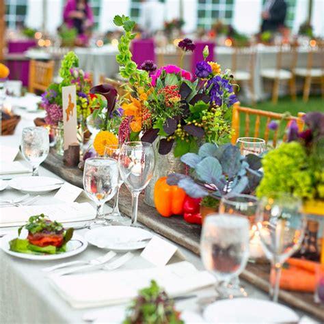 Tischdeko Sommerhochzeit by Ideen F 252 R Sommer Hochzeit Tischdeko Mit Bunten Blumengestecken