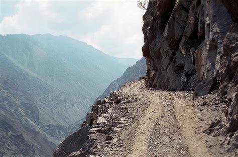 world dangerous five most dangerous roads in the world