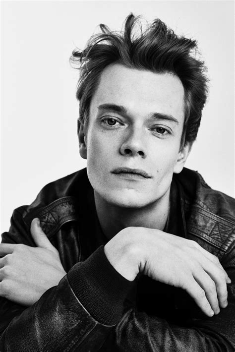 Allen Alfie by Of Thrones Alfie Allen Gets Stylish For