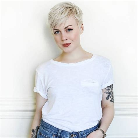Fiance S Overreaction To New Short Hairstyle Is Over | best 299 pixie cuts short hair styles images on pinterest