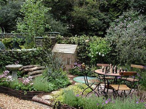 Small Walled Garden Ideas Small Walled Gardens