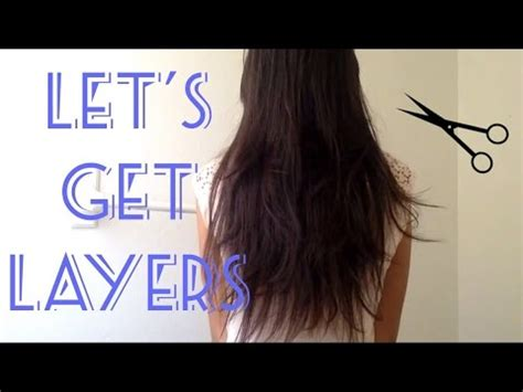 how to cut hair in layers yourself how to cut your own hair in layers quick and easy at