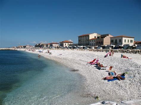 bagni marina di pisa spiaggia marina di pisa toscana trovaspiagge it spiaggia