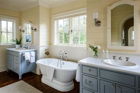 Cottage Bathroom Colors by And Blue Cottage Master Bathroom Colors Cottage