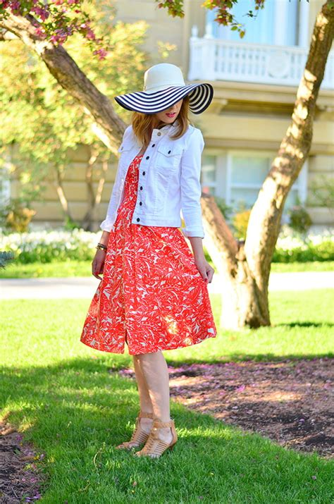 Garden Attire by How To Dress For A Garden 2018 Fashiongum